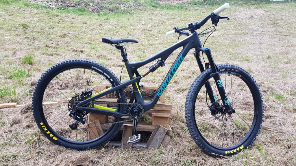 Custom Santa Cruz Bicycle Builds